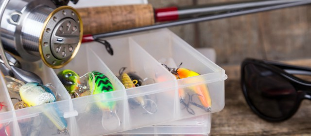 Best tackle boxes for your saltwater fishing trips for Nc saltwater fishing regulations 2017