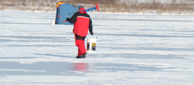 Top reasons you should take ice fishing vacation for Where to buy fishing license near me