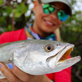 INSHORE SALTWATER FISHING: 10 TIPS FOR BEGINNERS