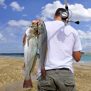Get helpful tips on how to fish tides in saltwater bays, estuaries, offshore spots