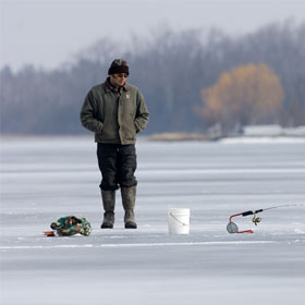 Important Ice Fishing Safety Tips
