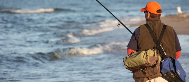 Conventional surf fishing equipment basics for North carolina surf fishing license